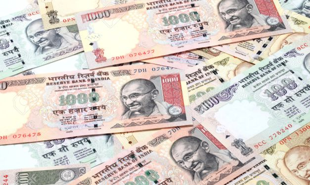 Indian 500 and 1000 rupee currency demonetisation
