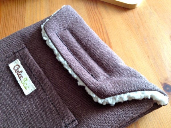 IMG 0375 640x480 ColcaSac Unitah iPhone 4 / 4s Sleeve Reviewed