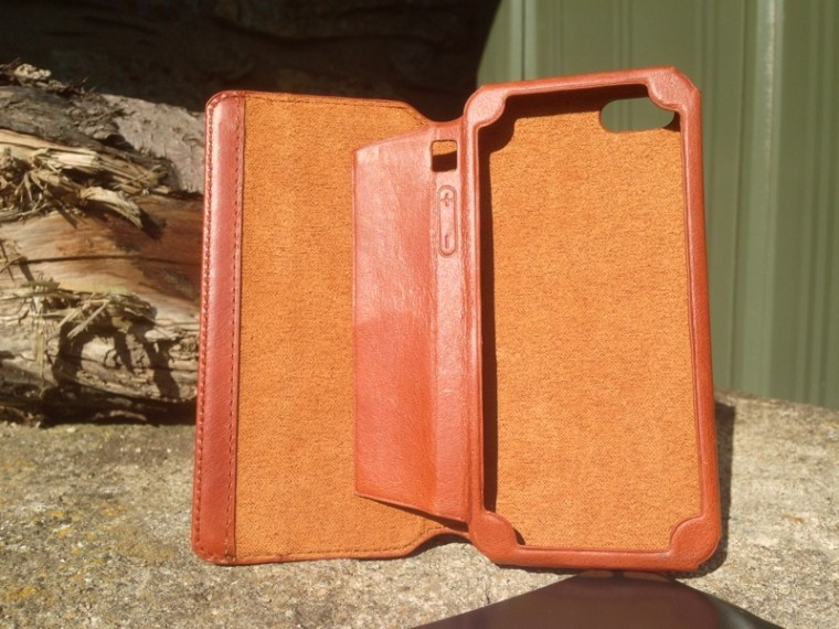Kavaj Leather Dallas Case Open KAVAJ Leather iPhone Case Dallas in Cognac Brown First Look.
