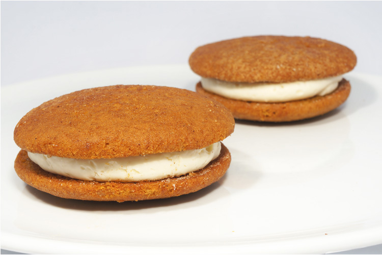 Pumpkin Whoopie Pie