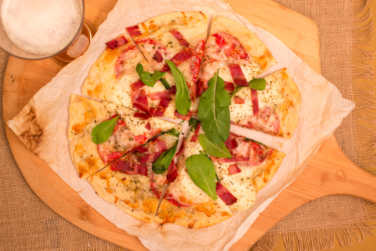 Pizza-Crust-Beauty-Regular4-WEB-1