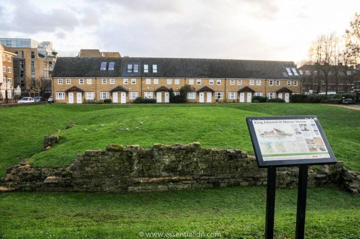 Manor house belonging to King Edward III, on Bermondsey Wall East
