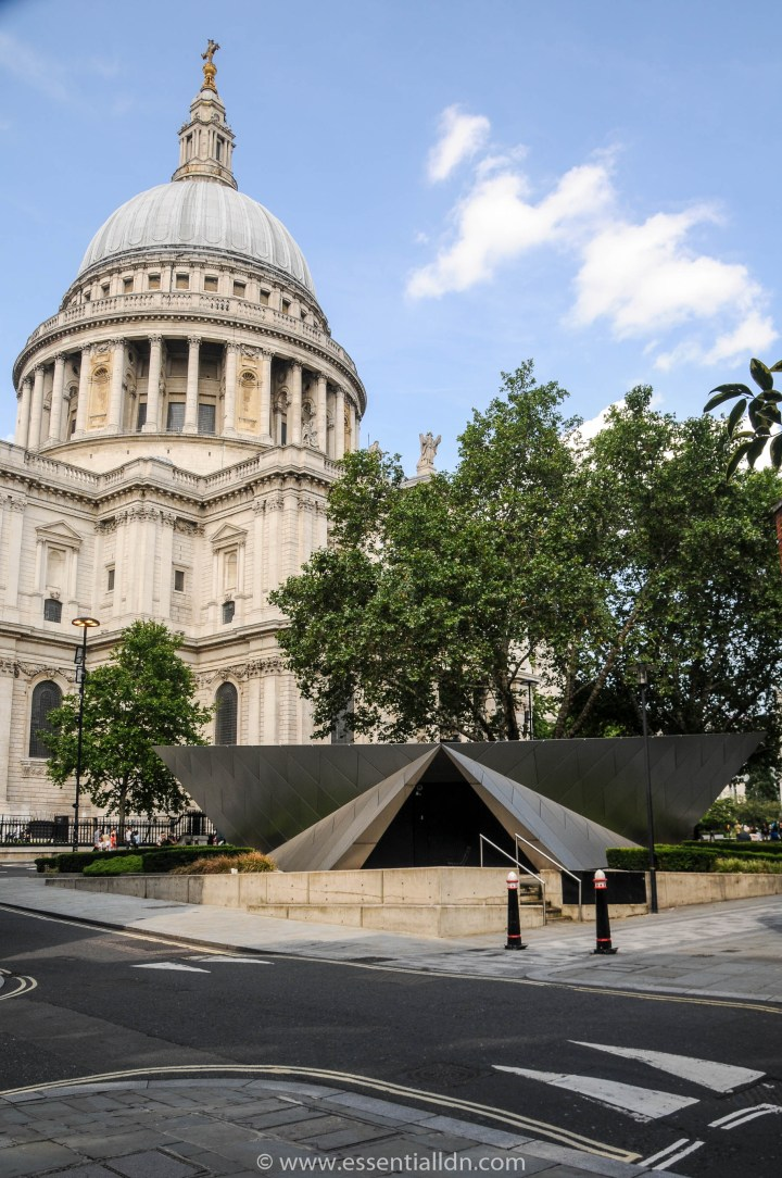 The City Information Centre and St Paul's Cathedral