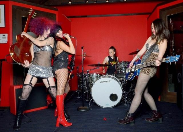 Glam Skanks - photo credit Suzanne Allison Photography
