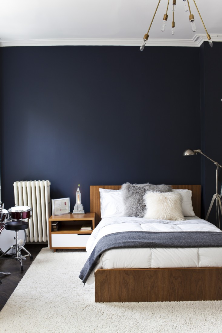 Merveilleux Dark Blue Bedroom