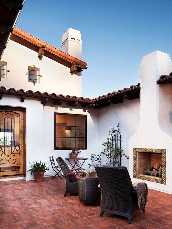 The Pinnacle Of The Spanish Casa Traditional Terracotta Tiles