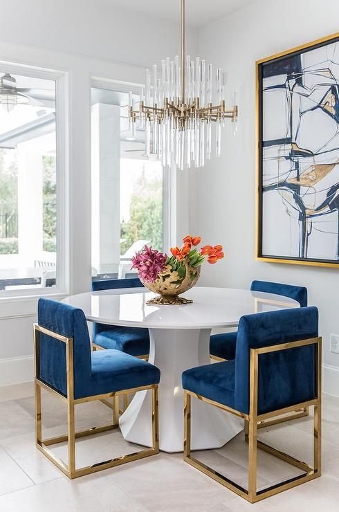 5 questions to help you choose the best chandelier for on 77 Choosing The Right And Fitting Dining Room Table id=67629