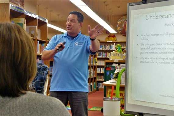 Bullying expert offers solutions at Redwood PTA meeting