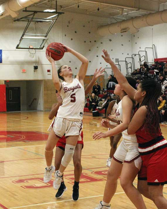 Bloomfield HS girls basketball team defeats Bergenfield, improves to 15-6
