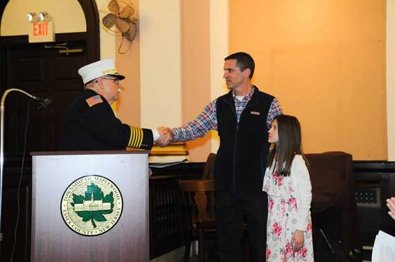 MFD deputy chief retires after 25 years