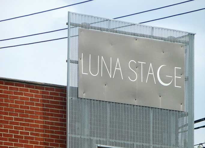 Luna Stage launches virtual programming