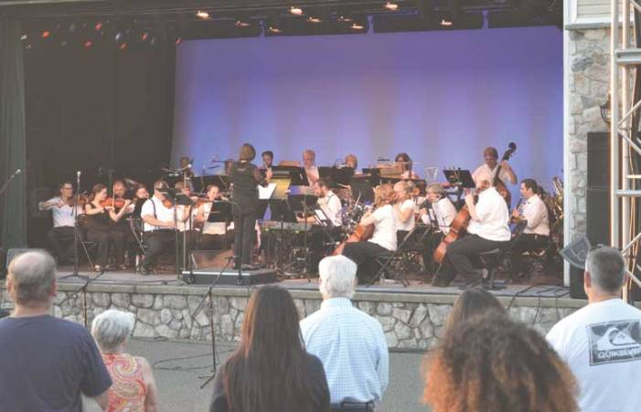 'Broadway Under the Stars' wows crowd at OSPAC