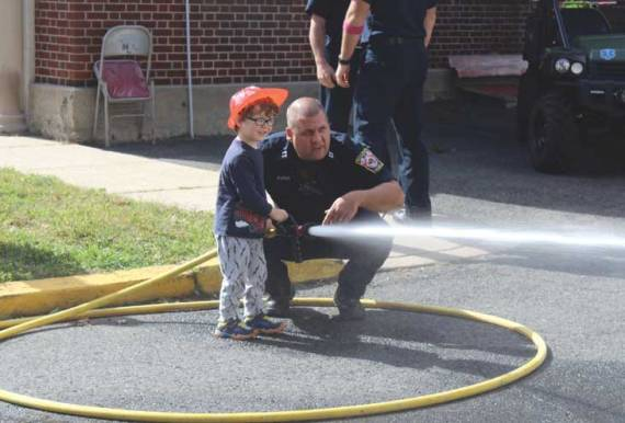 Open house lets residents see the roles of a firefighter