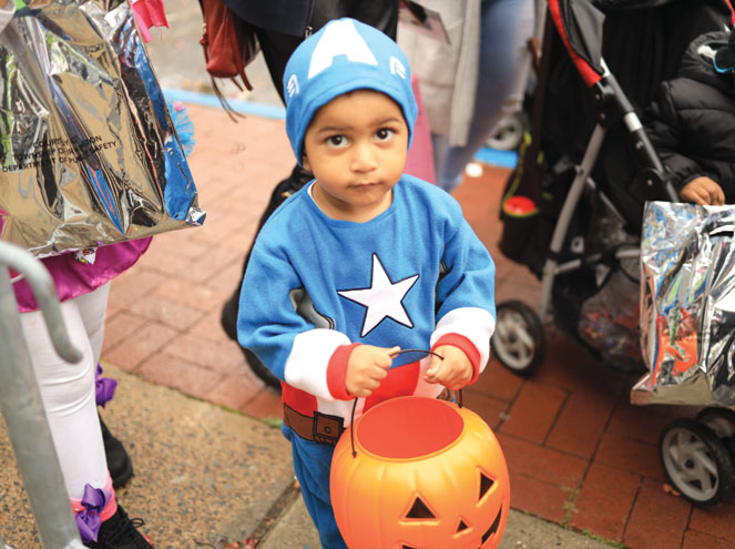 Rain doesn't stop Irvington's successful Halloween