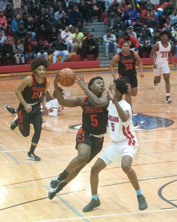 Orange HS boys basketball team wins three straight games