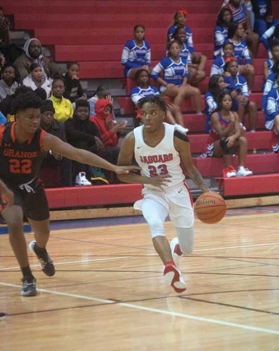 East Orange Campus HS boys basketball team extends win streak to six games; improves to 9-1