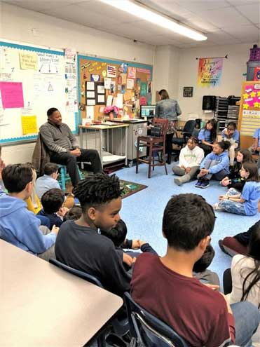Mt. Pleasant, Kelly students hear first-hand account of civil rights movement
