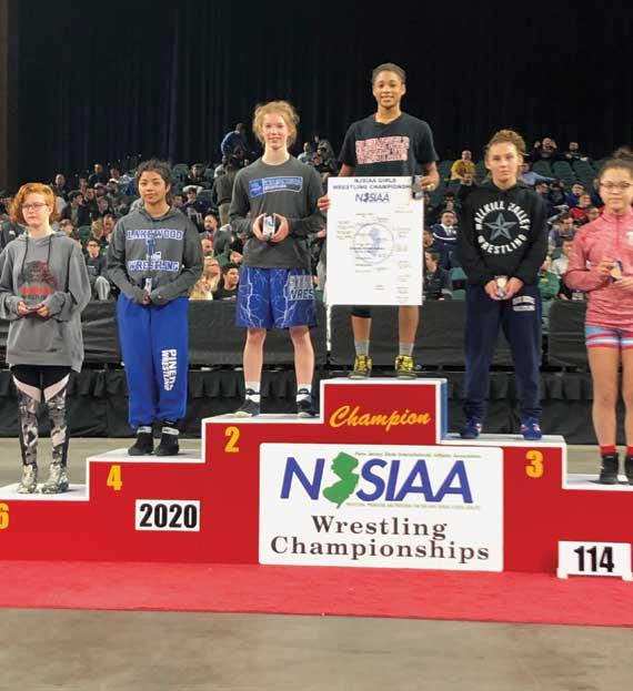 Bloomfield HS freshman Kira Pipkins wins girls wrestling state championship