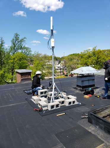 Maplewood's neighborhood Wi-Fi installation is in progress
