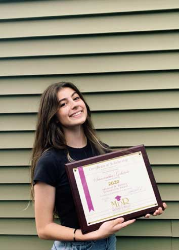 Reilley Scholarship Foundation gives awards to two seniors