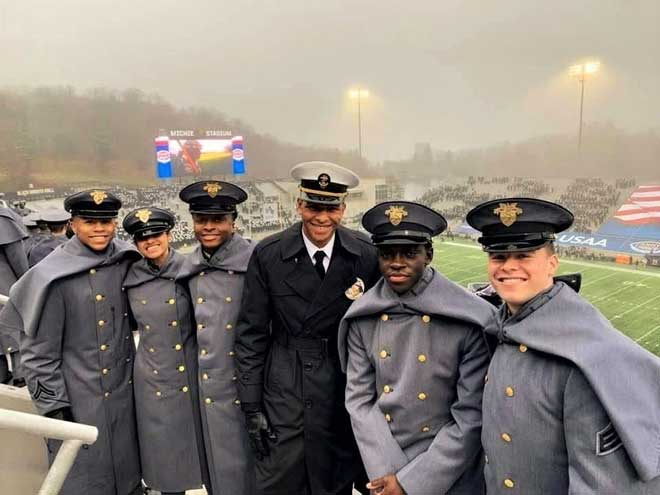 WOHS alumni gather for good-natured rivalry at Army-Navy game
