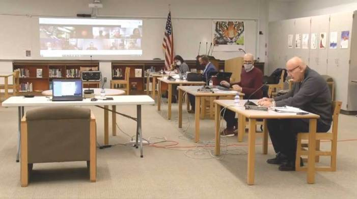 Budget with 2-percent tax increase presented at Bloomfield BOE meeting
