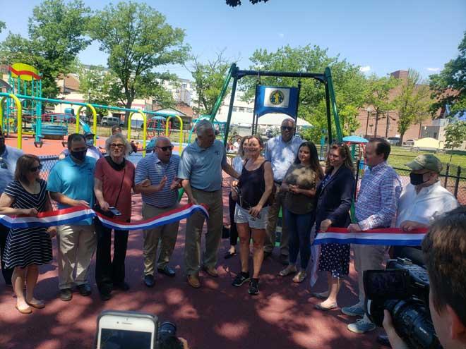County cuts the ribbon on improvements at Watsessing Park