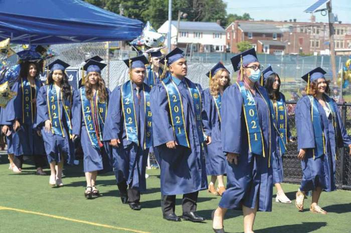 Belleville HS confers diplomas on resilient Class of 2021