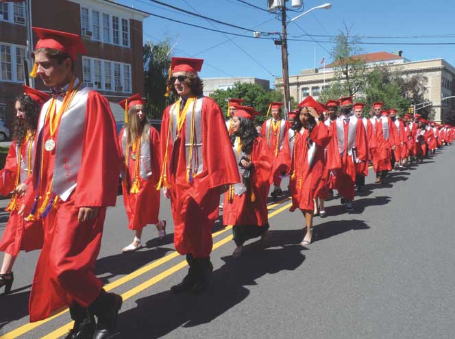 Bloomfield High School graduates 467 students on June 23