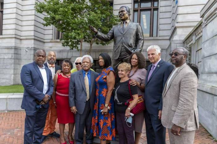 Newark unveils statue of former mayor in front of City Hall