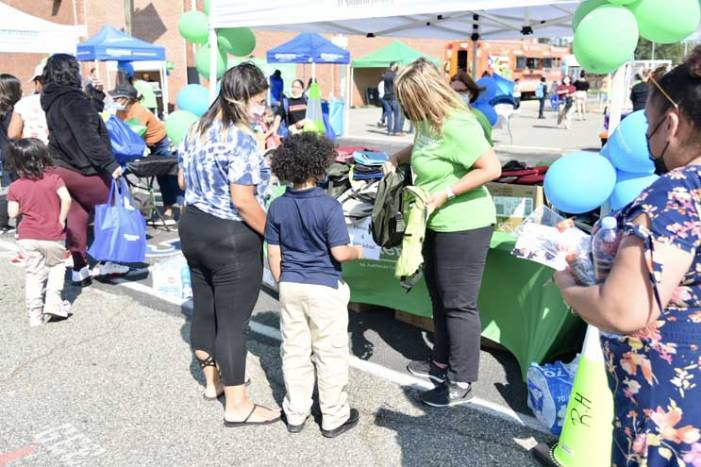 Baraka hosts back-to-school giveaway and resources event