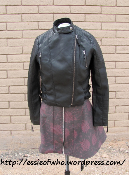 Cotton skirt with jacket.