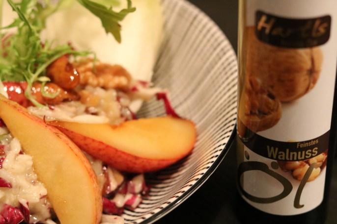 Gorgonzola Risotto mit Walnüssen, Birne und feinem Walnuss Öl