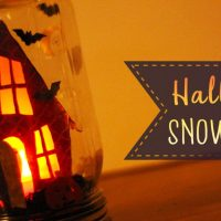 Haunted House Halloween Snow Globe