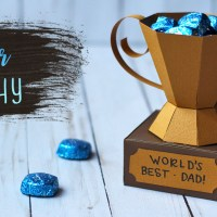 3D Paper Trophy Treat Holder for Father's Day!