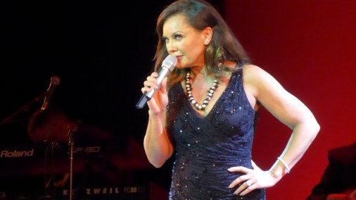 Vanessa Williams Live