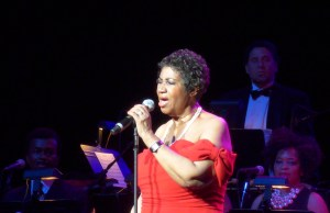 aretha franklin radio city 2014