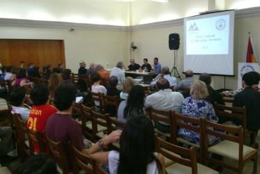 Mesa de debates