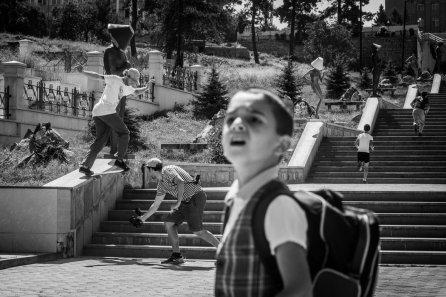 Barney Page - Back Tail em Stepanakert (Artsakh - Nagorno Karabakh) © ALEXEY LAPIN