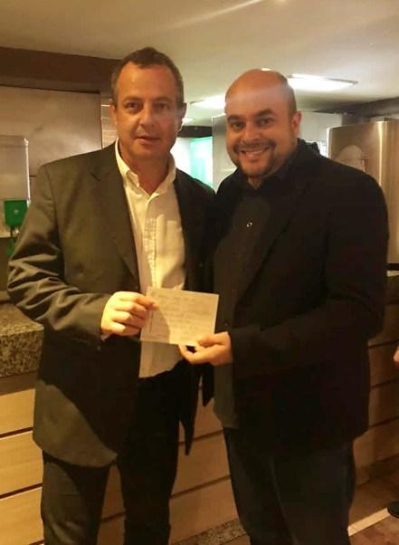 Marcos Belizário (esq) e Everton Zadikian