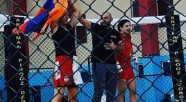 Lutadora armênia vence irmã do azerbaijano que assassinou oficial armênio em 2004