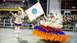 Viva Hayastan: Rosas de Ouro faz um desfile emocionante no Anhembi