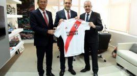 River apresentou oficialmente a Turkish Airlines como patrocinador master