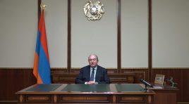 Presidente Armen Sarkissian exige a renúncia do governo atual e pede eleições parlamentares