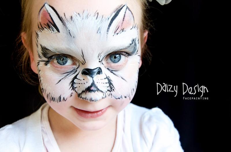Daizy Design face painting. Ideas para hacer pintacaras. Gato
