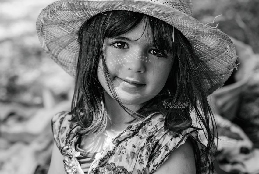 Litel pipol, 28 fotógrafos retratan a sus hijos semana a semana