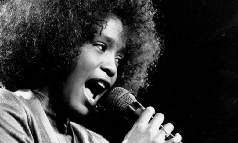 Photo of Whitney Houston tendrá una biopic escrita por el guionista de «Bohemian Rhapsody» de Queen