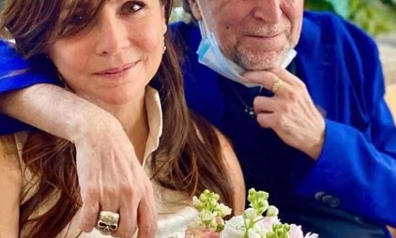 Photo of Con barbijo y en secreto: así se casó Joaquín Sabina con Jimena Coronado