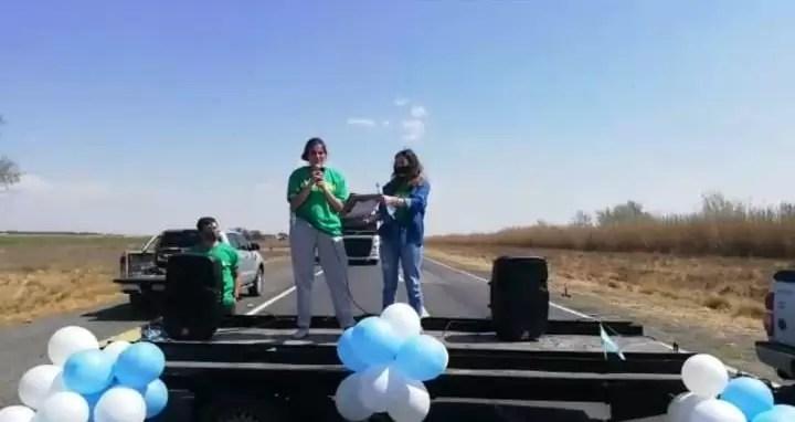 Photo of Productores autoconvocados cortan la Ruta Nº 7 en reclamo a las medidas que toma San Luis