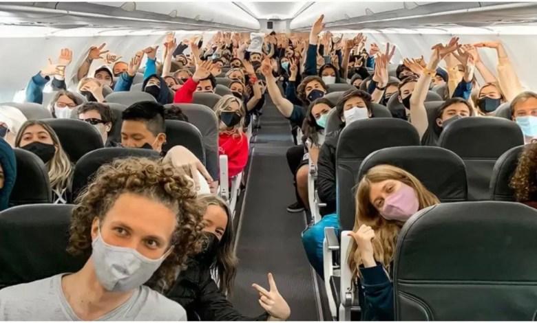 Photo of Viaje de egresados alertó a las autoridades sanitarias: hay 36 jóvenes infectados